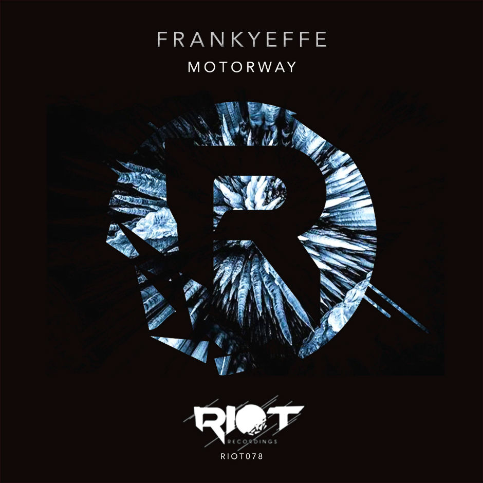 Frankyeffe – Background – Riot Recordings