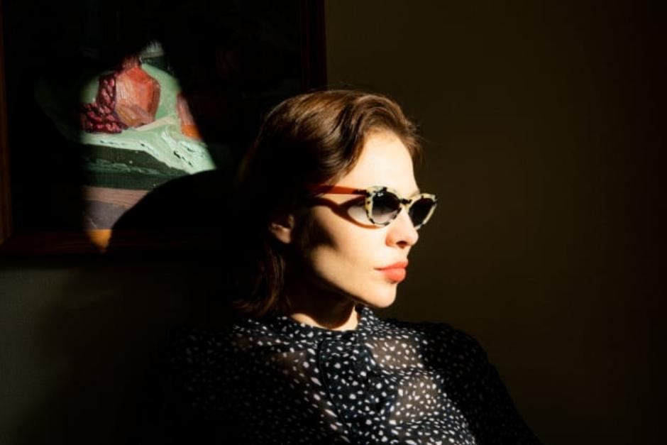 Nina Kraviz Cumplió Su Sueño De Diseñar Lentes De Sol Para Ray-Ban