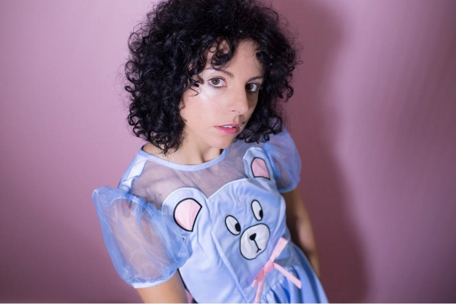Giorgia Angiuli Presenta 'In A Pink Bubble', Su álbum Debut