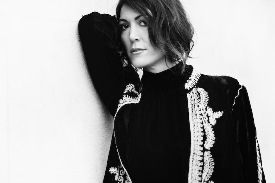 Francesca Lombardo Anuncia Nuevo Single, 'Rain'