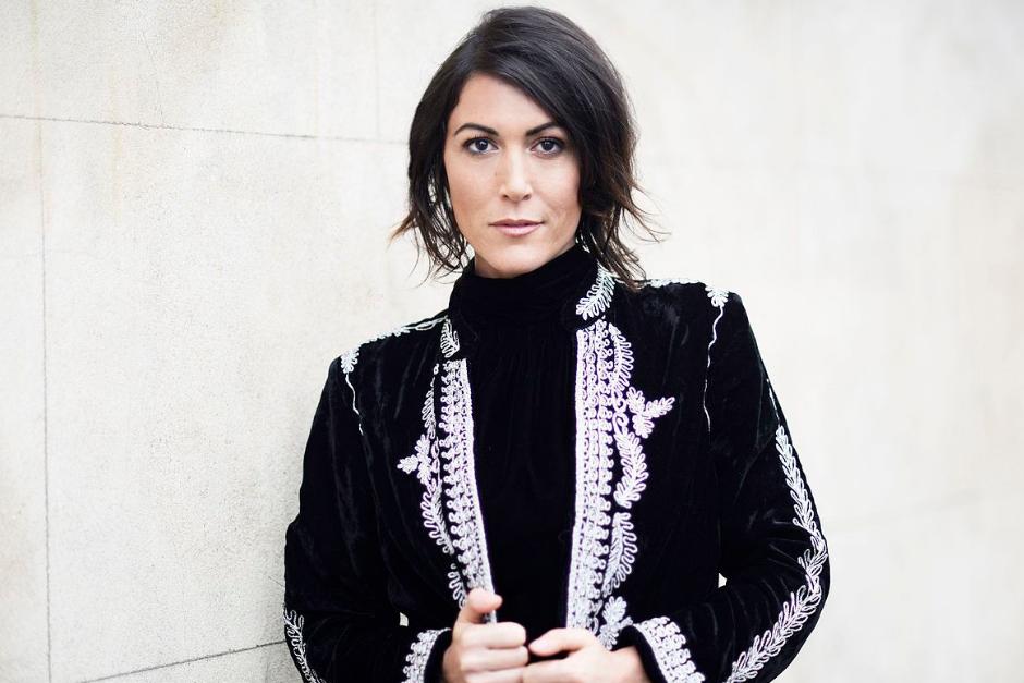 Francesca Lombardo Estrenó Remixes De 'Rain'