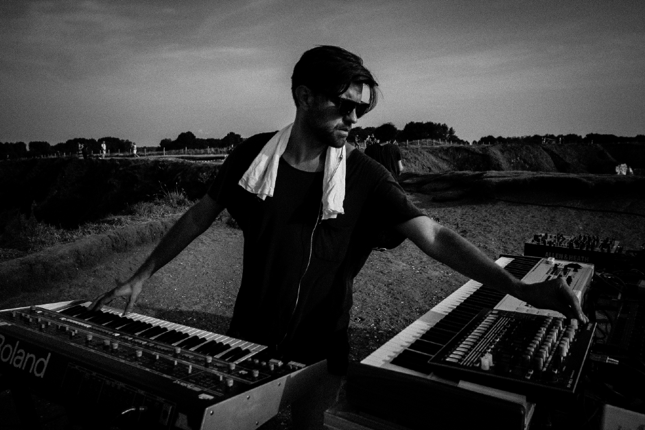 Rodriguez Jr. Shares 5 Tips To Be Productive In The Studio